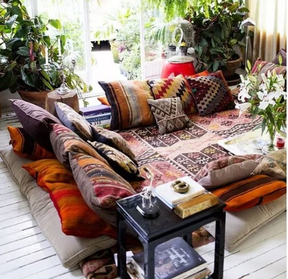 Boho Living Room Decoration 5-min