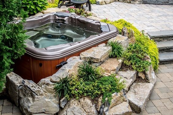 hot tub landscaping 1-min