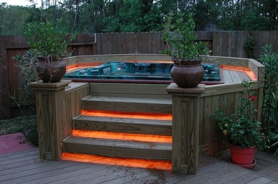 hot tub landscaping 5-min