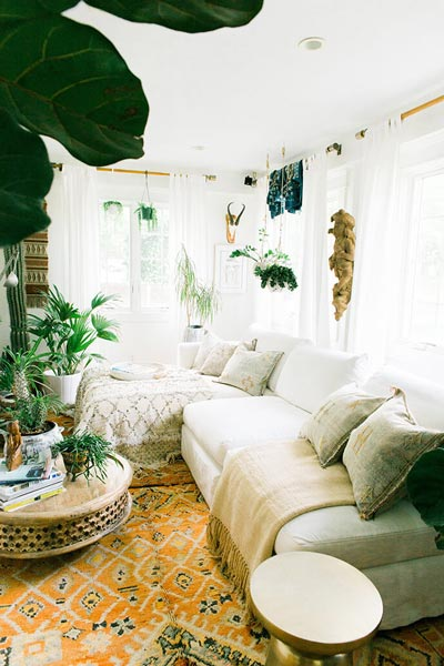 white living room 21-min