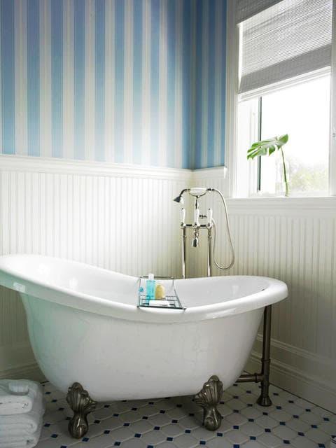 Blue Bathroom 12-min