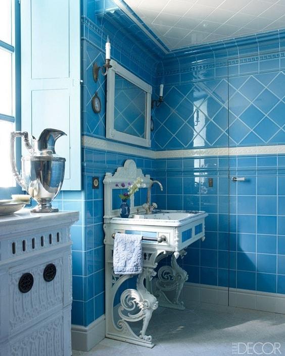 Blue Bathroom 19-min