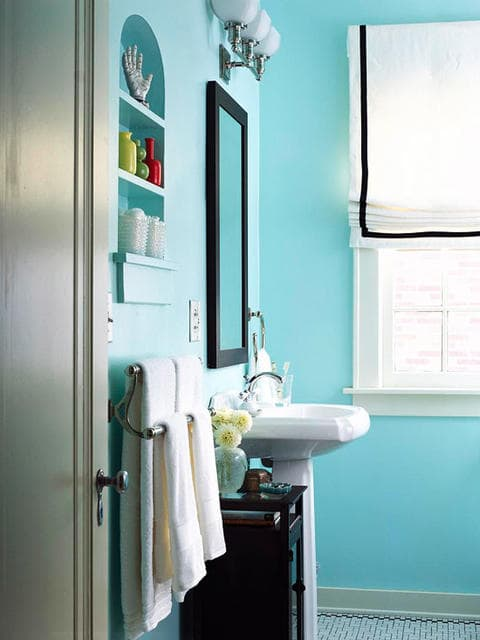 Blue Bathroom 2-min