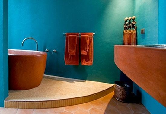 Blue Bathroom 21-min