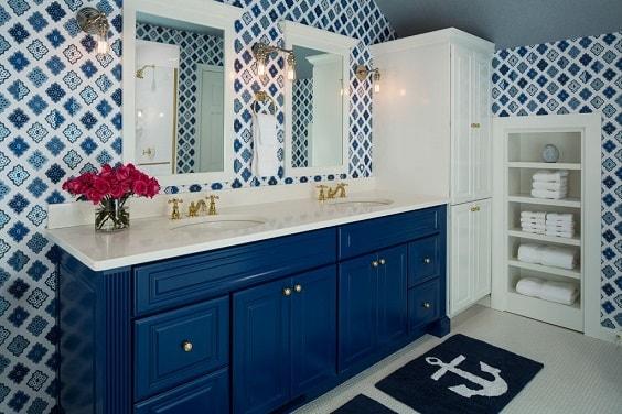 Blue Bathroom 5-min