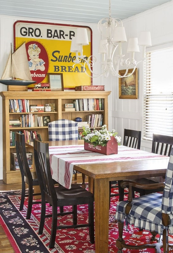 farmhouse dining room 2-min