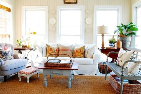 shabby chic living room 4-min