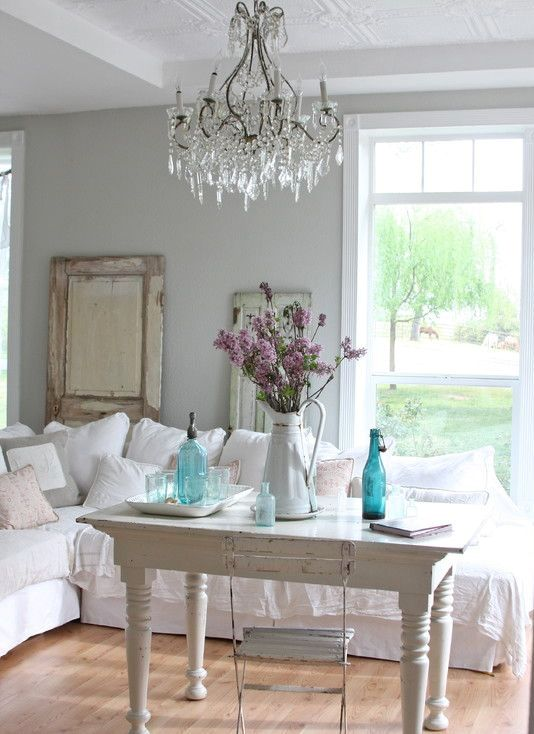 shabby chic living room 7-min