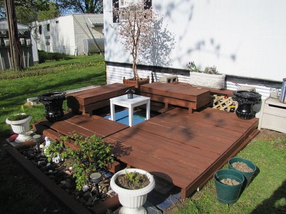 DIY Pallet Patio Terrace 20-min