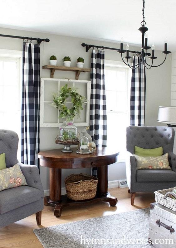 Modern Farmhouse Living Room 12-min