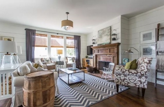 Modern Farmhouse Living Room 17-min
