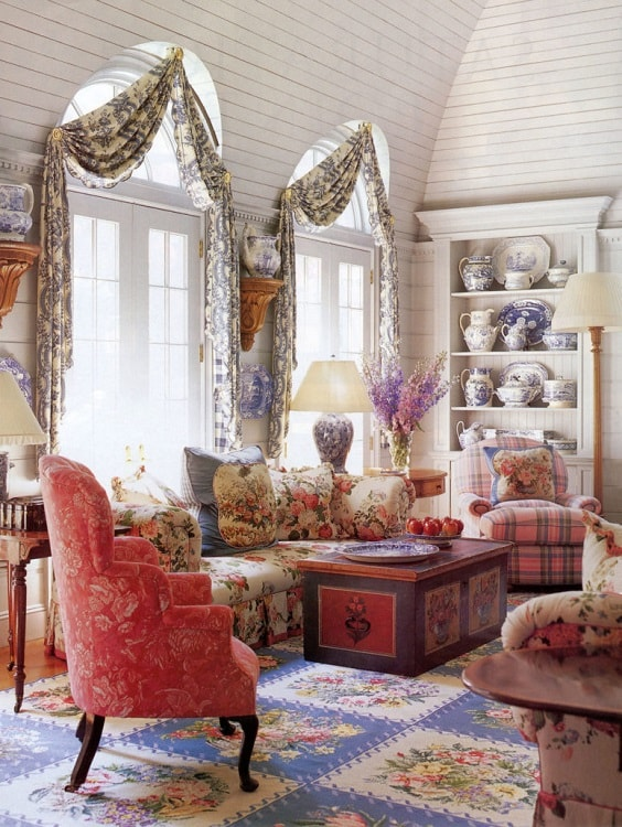 Modern Farmhouse Living Room 19-min