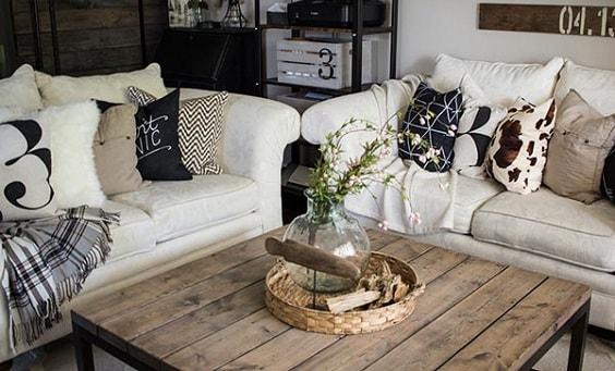 Modern Farmhouse Living Room 29-min
