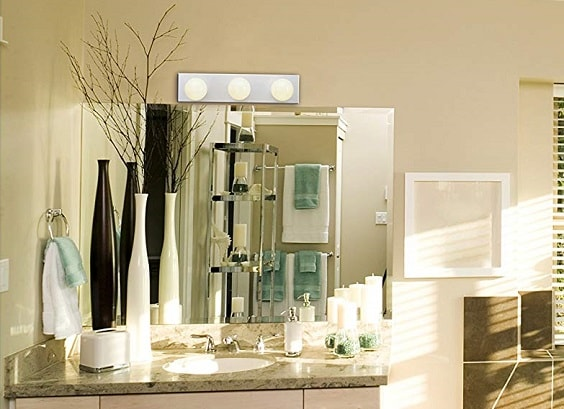 White Bathroom Light Fixtures 1-min