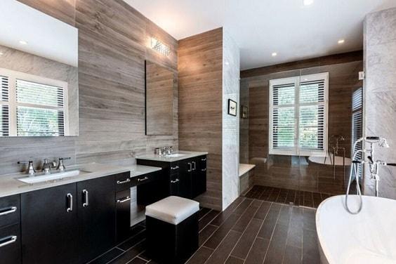 manly bathroom 1-min