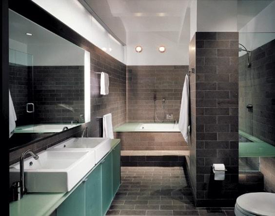 manly bathroom 2-min