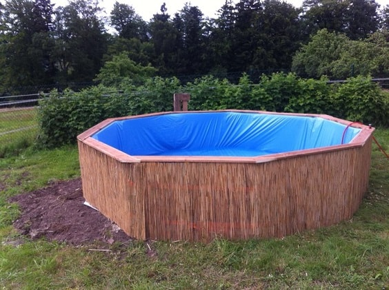 pallet swimming pool 1-min