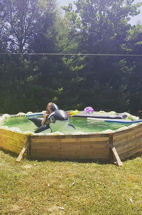pallet swimming pool 13-min