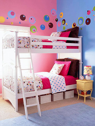 pink girl bedroom 12-min