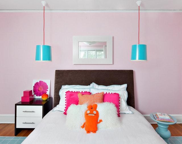 pink girl bedroom 16-min