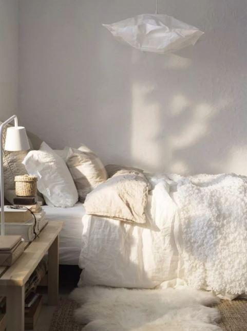 scandinavian bedroom decoration 12-min