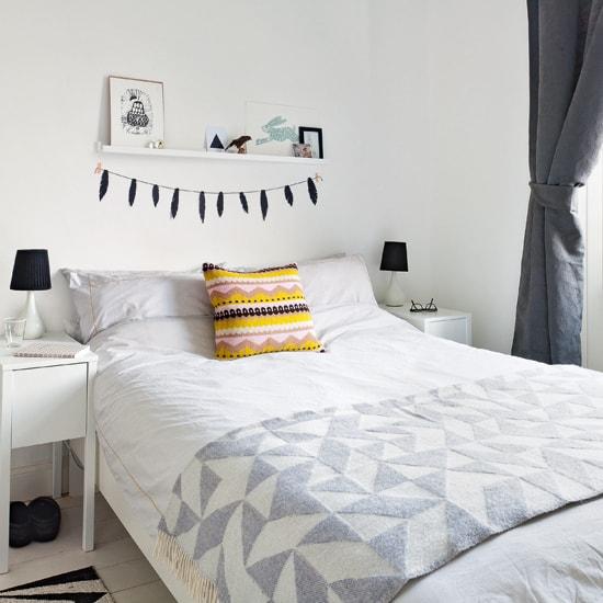 scandinavian bedroom decoration 34-min