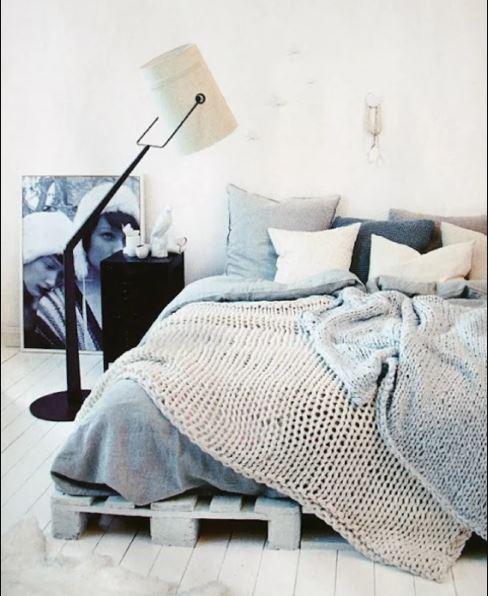 scandinavian bedroom decoration 7-min