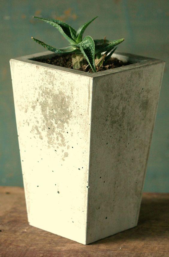 diy concrete planter 1-min