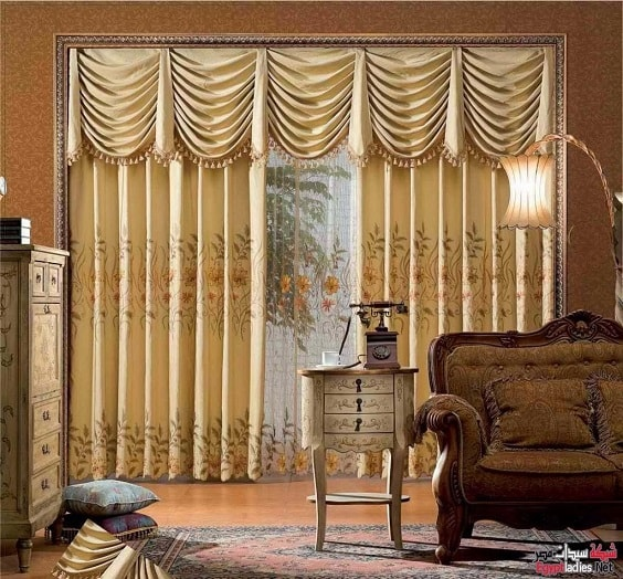 30+ Best Living Room Curtain Ideas To Dramatize Your Decoration