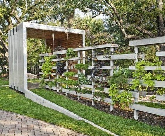pallet garden fence 16-min