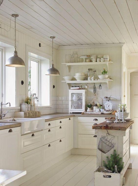 rustic kitchen 2-min