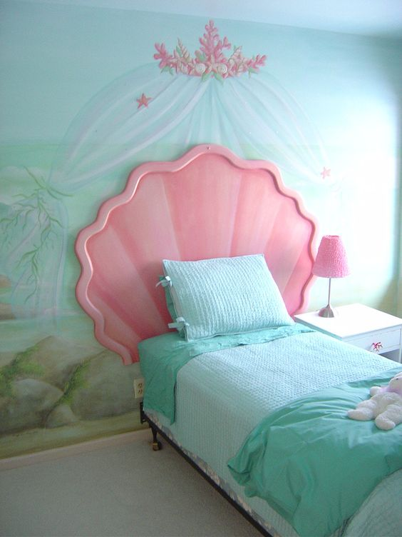 Mermaid Bedroom Ideas for Girls 1-min