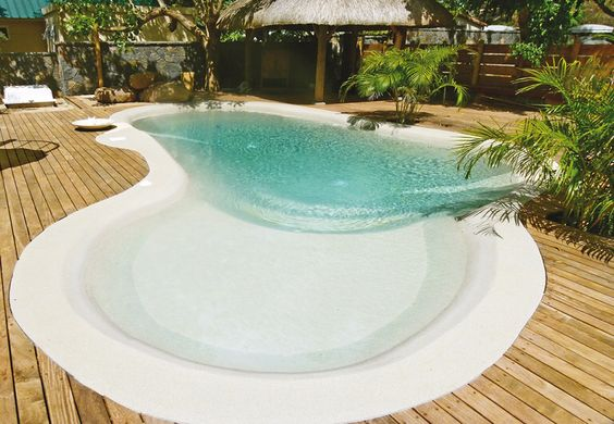 beach entry pool ideas 20