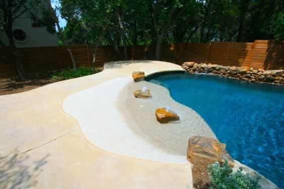 beach entry pool ideas 22