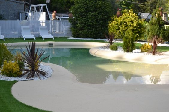 beach entry pool ideas 24