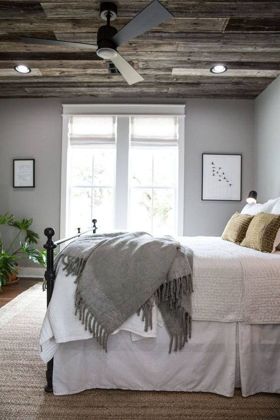 farmhouse bedroom decor 2