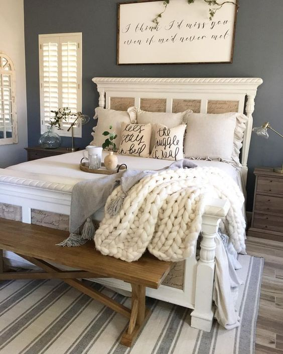 farmhouse bedroom decor 26