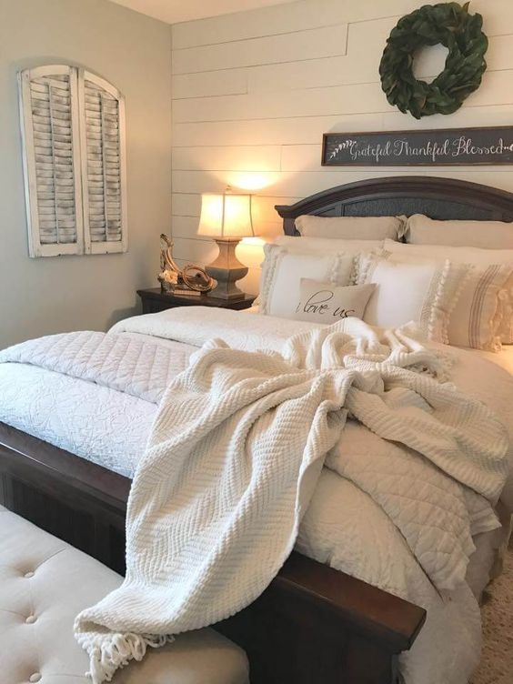 farmhouse bedroom decor 4