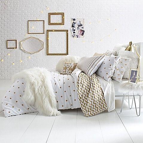 gold bedroom 19