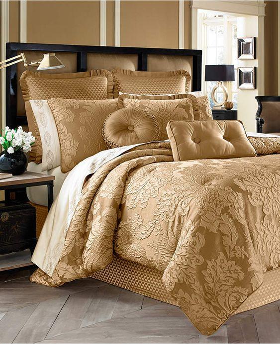 gold bedroom 25