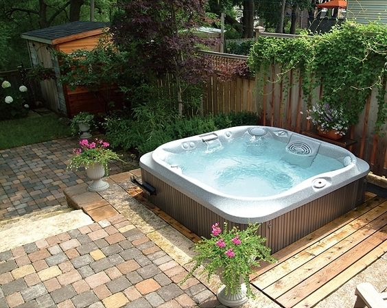 hot tub area ideas 19