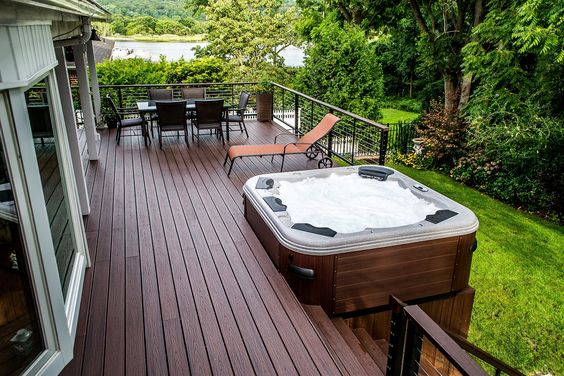 hot tub under deck 4