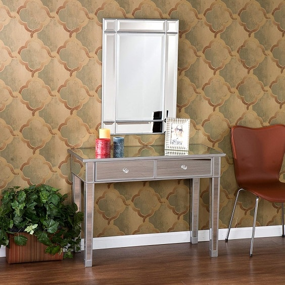 mirrored bedroom furniture 1-min