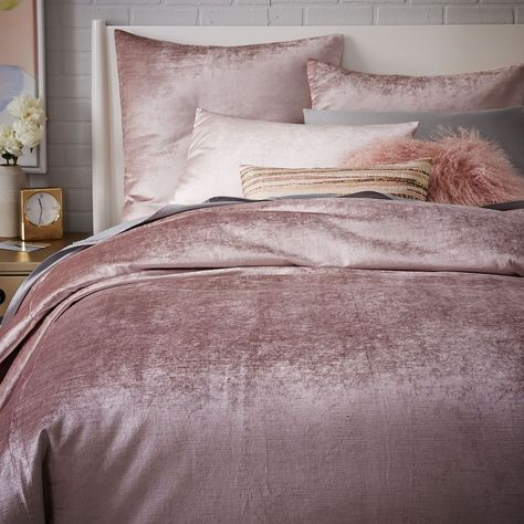 rose gold bedroom ideas 4