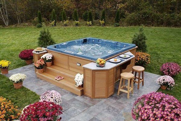 hot tub bar feature