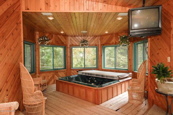 hot tub room decor 4