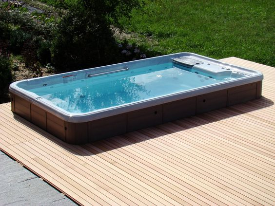 inground hot tub 10