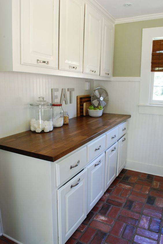 kitchen beadboard 22