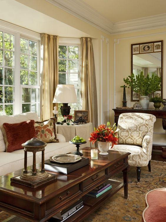 traditional living room 11
