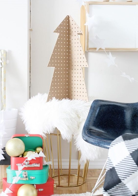 DIY Christmas Living Room Decoration 15